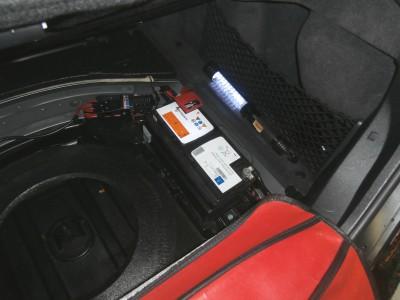 benz-c219-battery-02
