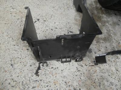 volvo-v50-battery-02