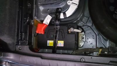 volvo-v70-battery